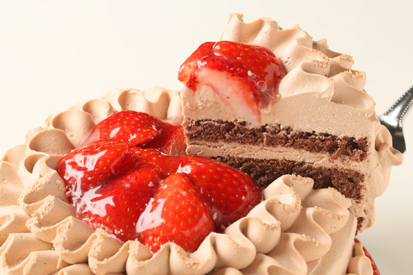 チョコ生クリームデコレーションケーキ6号の画像3枚目