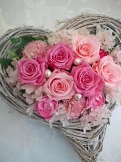 プリザーブドフラワー ラブインハート::2903【花・ガーデン・DIY】記念日向けギフトの通販サイト「バースデープレス」
