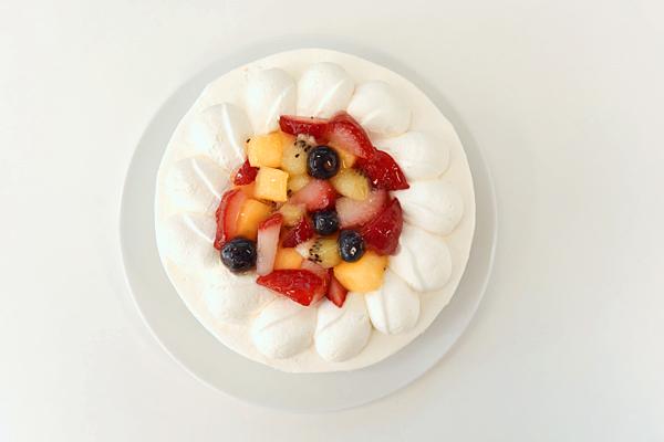 フルーツデコレーションケーキ5号【スイーツ 誕生日 バースデー】の画像3枚目