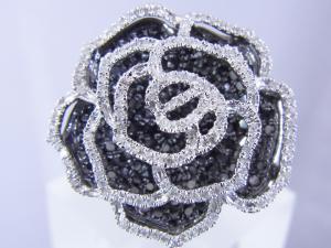 1.57CTブラックダイヤモンド ローズリング【10P12Jul14】::3324【バッグ・小物・ブランド雑貨】記念日向けギフトの通販サイト「バースデープレス」