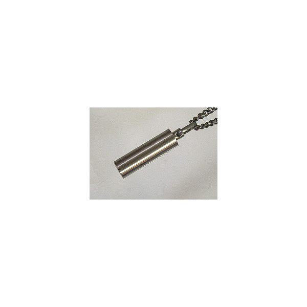チタン製筒型ロケットペンダント【Bタイプ】8×30mm(日本製:チタン)::3331【バッグ・小物・ブランド雑貨】記念日向けギフトの通販サイト「バースデープレス」