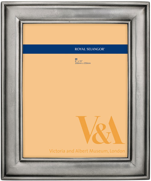 【名入れ】【結婚祝い】フォトフレーム【写真立て】ロイヤルセランゴール V&A - イングリッシュアンティーク 8R 六切サイズ::3334【バッグ・小物・ブランド雑貨】記念日向けギフトの通販サイト「バースデープレス」