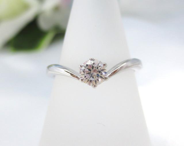 婚約指輪 エンゲージリング PT900 0.3ct E-VS1-EX::3436【ジュエリー・アクセサリー > ブライダルジュエリー > 婚約指輪(エンゲージリング)】記念日向けギフトの通販サイト「バースデープレス」