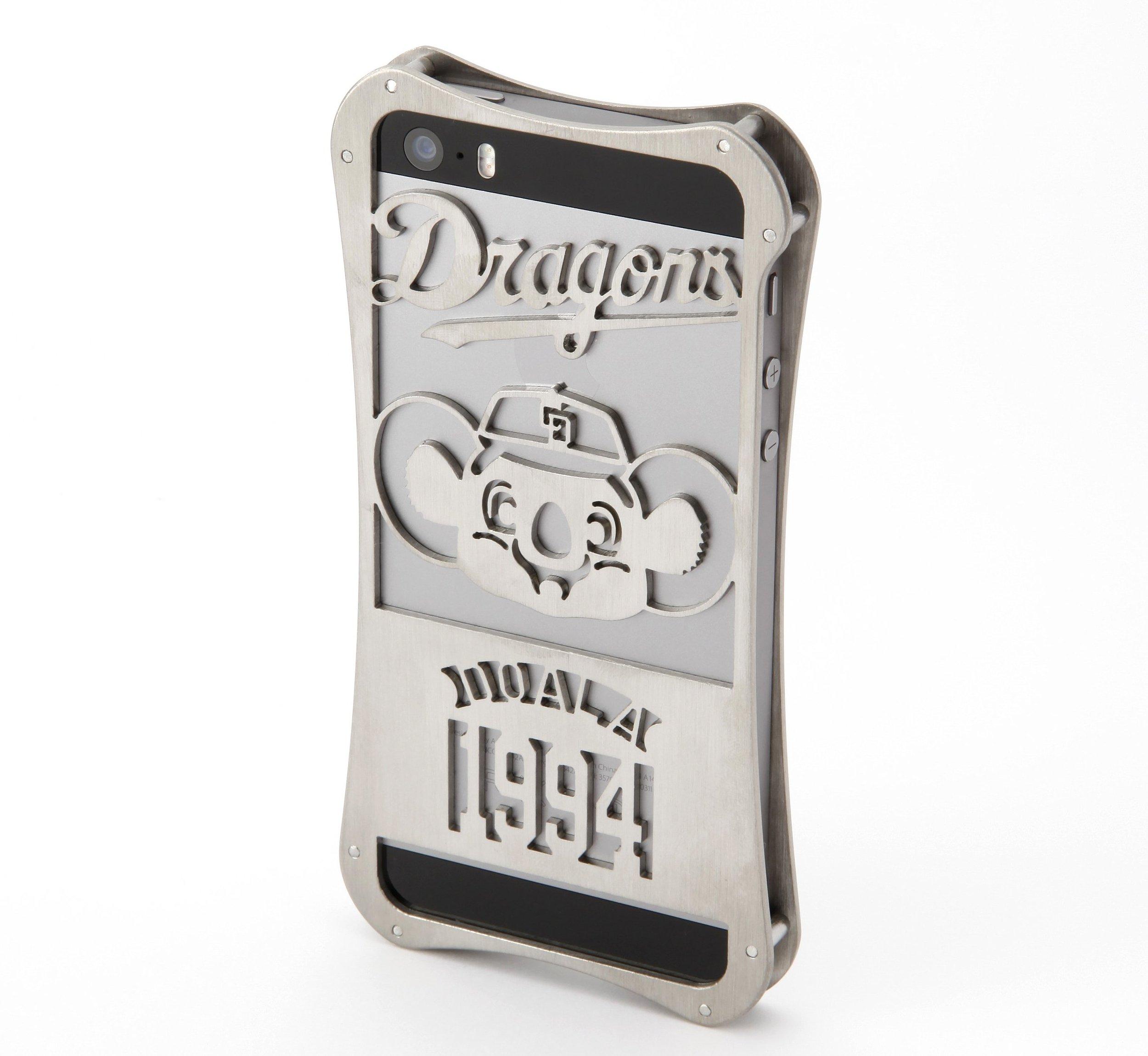 iphone5/5s用スマートフォンケース チタンシェル・ドラゴンズ ドアラバージョン::3507【バッグ・小物・ブランド雑貨】記念日向けギフトの通販サイト「バースデープレス」