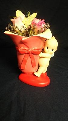 【送料無料】ローズオニールキューピー フラワーアレンジポットとお花で