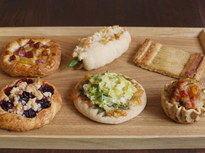 季節の素材を使ったパン::3592【食品】記念日向けギフトの通販サイト「バースデープレス」