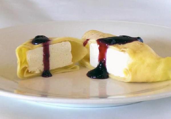 レアチーズケーキ・クレープ【80g×3個】【バースデーケーキ 誕生日ケーキ デコ バースデー】の画像1枚目