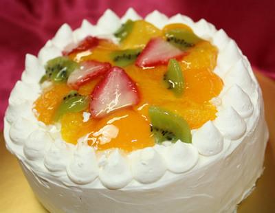 フルーツデコレーションケーキ5号(直径15cm)【誕生日 バースデー バースデーケーキ ケーキ】の画像1枚目