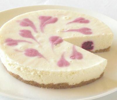 ラズベリーレアチーズケーキ 4号 12cm