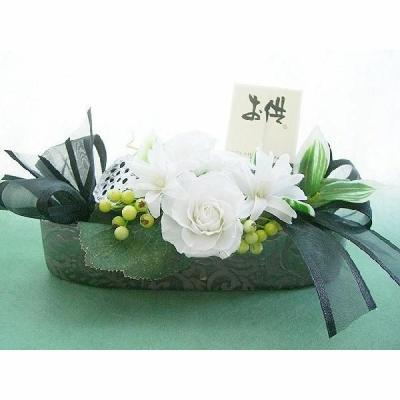 仏壇御供花 小さめのチュベローズとバラのアレンジ