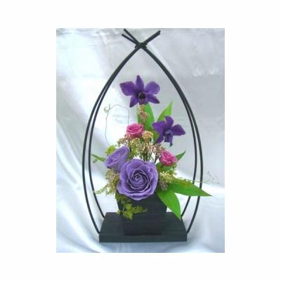 和風やわらぎ紫のバラのアレンジ 送料無料