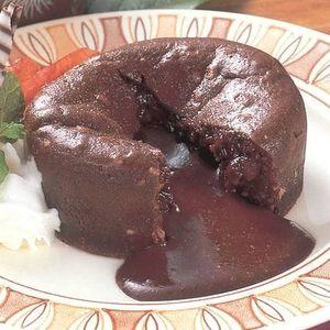 とろけるチョコがタップリ チョコフォンデュケーキ