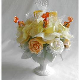 バラとスイーツフラワーC【誕生日 贈り物 プレゼント お祝い ギフト 花 フラワー】