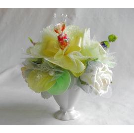 バラとスイーツフラワー グリーン(小)【誕生日 贈り物 プレゼント お祝い ギフト 花 フラワー】の画像1枚目