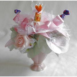 バラとスイーツフラワー ピンク(小)【誕生日 贈り物 プレゼント お祝い ギフト 花 フラワー】の画像1枚目