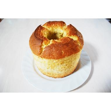 ふわふわしっとりシフォンケーキ (バナナ)