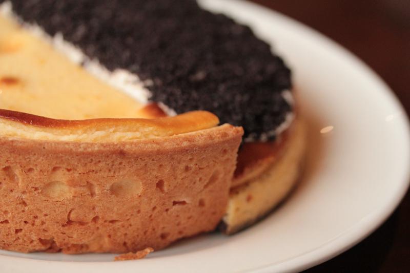 ハーフ&ハーフチーズケーキ6号(18cm)の画像3枚目