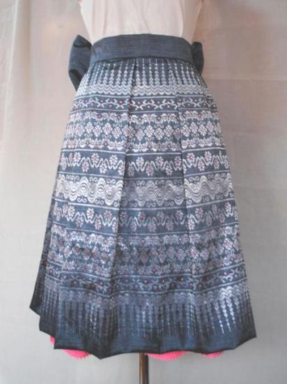 刺繍シルクスカートセットの画像1枚目