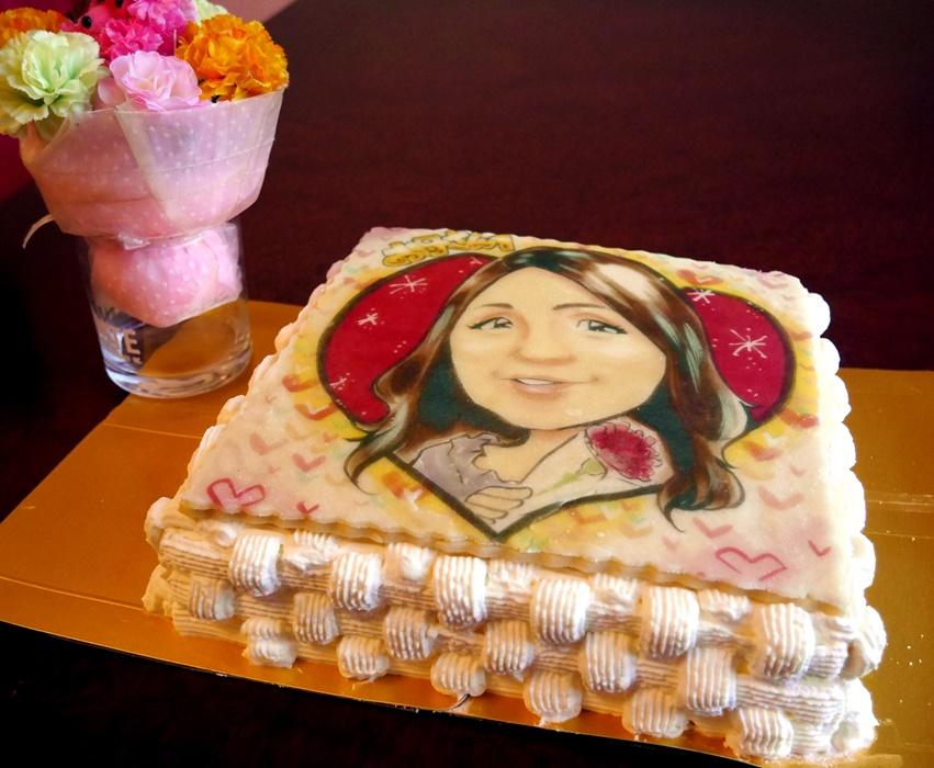 プロの似顔絵師によるイラストケーキ4号(スクエア)