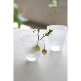 コリコリスモークグラスのペアぐい呑み【誕生日 バースデー ギフト 贈り物 プレゼント お祝い ガラス 食器】の画像1枚目