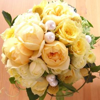 YELLOWラウンドブーケ【花・ガーデン・DIY > 造花 > 花束】記念日向けギフトの通販サイト「バースデープレス」