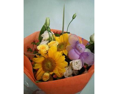 季節の花束2【花 フラワーギフト プレゼント お祝い 誕生日 贈り物】の画像1枚目