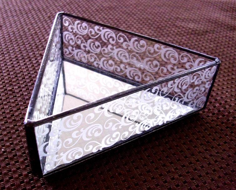 ステンドグラスのトレーST-1336【誕生日 バースデー ギフト 贈り物 プレゼント お祝い ハンドメイド 一点物】の画像1枚目