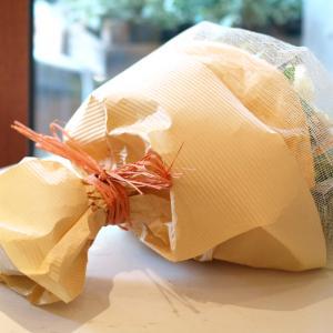 明るくって華やかなオレンジで「ブーケ・オランジェ」【プレゼント 指定日可 ギフト 花束 お祝い イベント 記念日】の画像2枚目