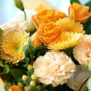 明るくって華やかなオレンジで「ブーケ・オランジェ」【プレゼント 指定日可 ギフト 花束 お祝い イベント 記念日】の画像3枚目