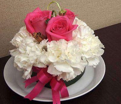 フラワーケーキ ホワイト【誕生日 記念日 贈答 アレンジメント 花 バースデー 敬老の日】