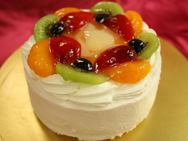 (送料込み)法人様用 B 生クリームフルーツデコレーションケーキ5号サイズ
