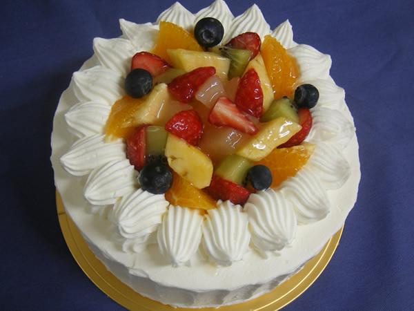 フルーツショートケーキ9号サイズ【12〜15名様用】【バースディ】【バースデーケーキ 誕生日ケーキ デコ】の画像1枚目