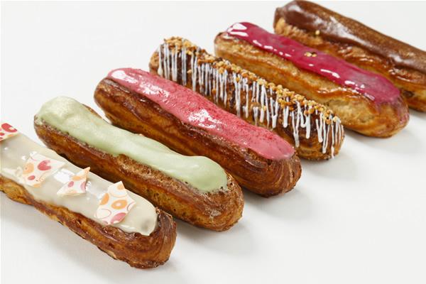 エクレア6種〔苺、ショコラ、宇治抹茶、パッション、カシス、キャラメルバナナ〕の画像1枚目