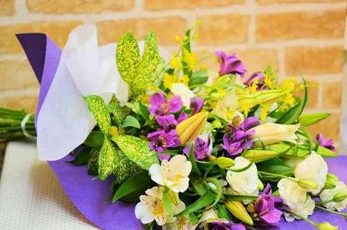 【送料無料】お供え花束(生花)【花 お供え アレンジメント フラワー】