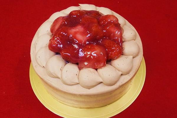 チョコクリーム苺デコレーション 6号【バースデー 誕生日 デコ バースデーケーキ】の画像1枚目