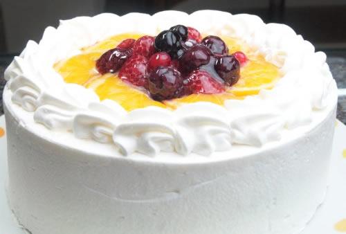 【送料無料】生クリームデコレーションケーキ7号【誕生日 デコ バースデー ケーキ】の画像1枚目