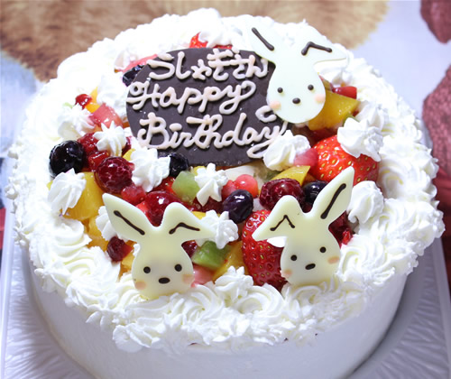 うさちゃんプレートフルーツデコレーションケーキ  4号