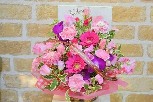 【送料無料】ピンク系のアレンジメント(生花アレンジメント)【花 フラワーギフト アレンジメント フラワー 誕生日】