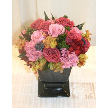 【NEW】プリザーブドフラワー:長くお楽しみいただけるお花です!(赤系)【花 フラワーギフト アレンジメント フラワー 誕生日】[品番:0157]の画像1枚目