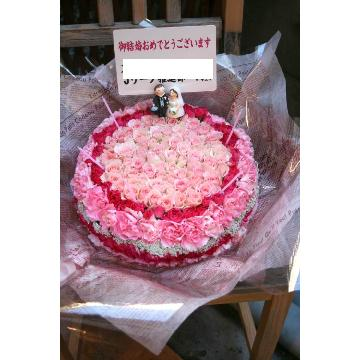 ケーキフラワーM:バラがメインなラブリーケーキ(ピンク系)