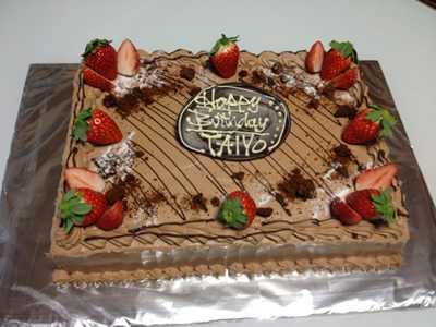 【東京 横浜市、みなとみらい近辺配送】【送料無料】【パーティ用 ウエディング用ケーキの生ケーキを宅配】【25×35cm】スクエア1段 チョコレートの画像1枚目
