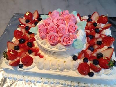 東京 横浜市、みなとみらい近辺配送 薔薇ケーキ2段 30x40cm