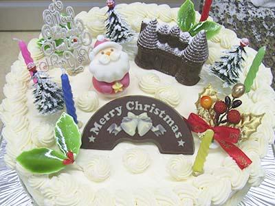 【クリスマスケーキ2015】】バタークリームデコレーション5号の画像1枚目