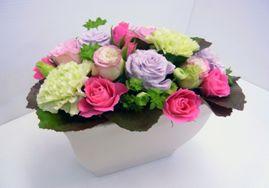 上品ピンクが可愛いアレンジ【母の日 フラワーギフト 贈答 アレンジメント お花 敬老の日】の画像1枚目