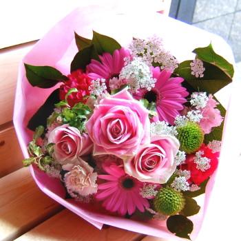 送料無料 おまかせ! ピンクブーケ花束 開店5【お急ぎ便対応】【敬老の日 誕生日 開店祝い】