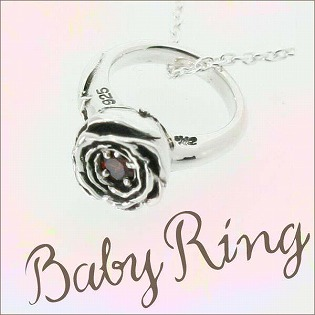 ベビーリング 刻印 指輪 出産祝い  ガーネット 1月 誕生石 バラ ローズ 七五三 ギフトの画像1枚目