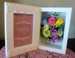 【プリザーブドフラワー】フラワーフォトフレーム8【結婚祝、薔薇・book型】【一点もの】の画像1枚目