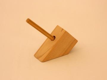 ペン立て【誕生日 贈り物 プレゼント 木製 木工品 ハンドメイド 手作り】の画像1枚目