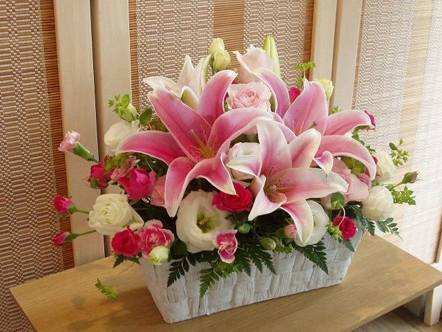 ピンク百合のアレンジメント【花 フラワーギフト プレゼント】