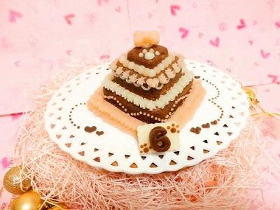 お豆腐の3段ケーキ【Sweety ショコラ】【犬用バースデーケーキ・犬用ケーキ・犬用おやつ・ペット用バースデーケーキ・ペット用ケーキ・ペット用おやつ】の画像2枚目